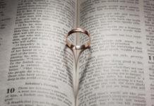 what is love agape